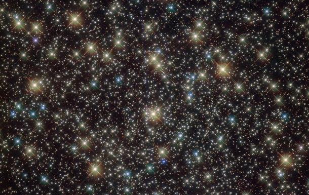 Hubble зняв унікальний зоряний кластер у сузір ї Вітрила
