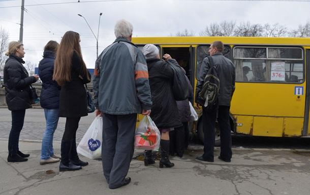 У Києві маршрутки масово підняли ціни