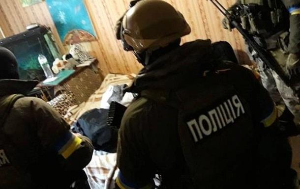 У Києві затримали чоловіків, які підірвали гранатою поліцейських у Дніпрі