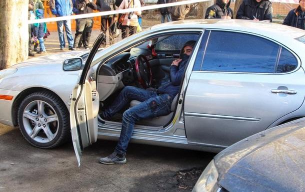 В Одессе обстреляли Lexus, ранен мужчина