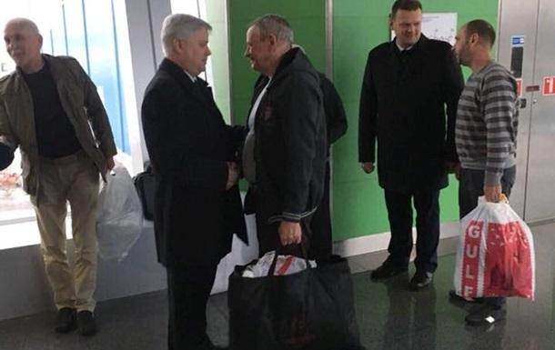 Из плена в Ливии освободили четырех украинцев