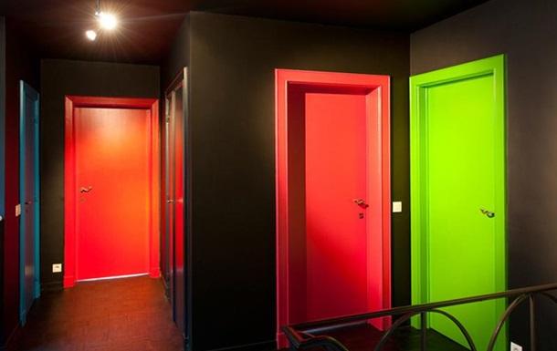 Крашеные двери и их основные особенности, преимущества