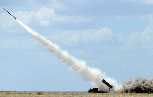 Турчинов назвав терміни випробувань ракети Вільха