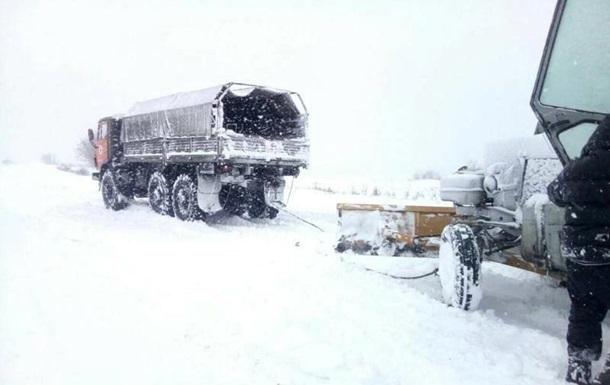 У трьох областях України оголосили штормове попередження