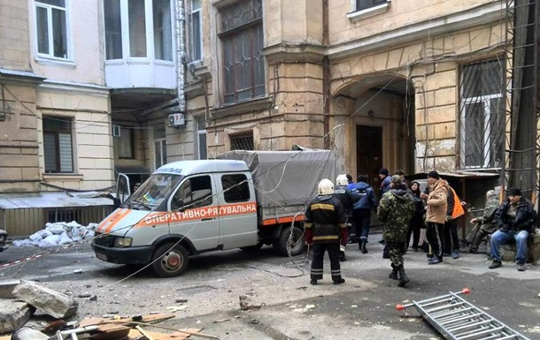 У центрі Одеси завалилися два балкони