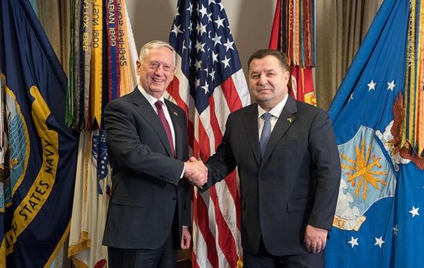 Полторак зустрівся з главою Пентагону в США