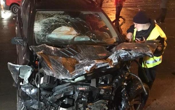 В Киеве в масштабном ДТП погибли две человека