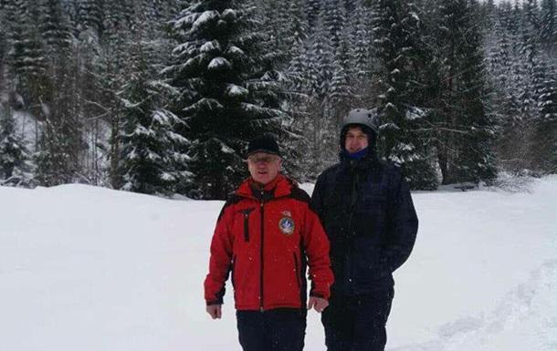 Спасатели нашли четырех туристов, потерявшихся в Карпатах