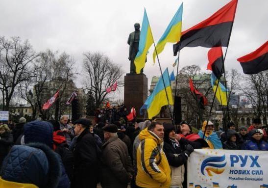 Протесты в Киеве могут продолжаться до весны