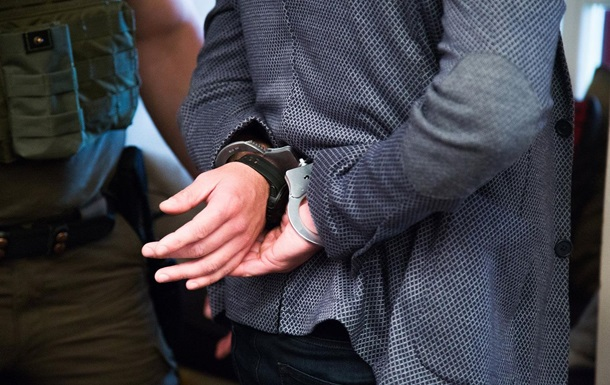 В Киевской области вор пытался украсть у депутата сейф с деньгами - СМИ