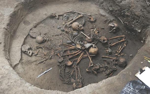 Вчені виявили в Мексиці унікальне поховання