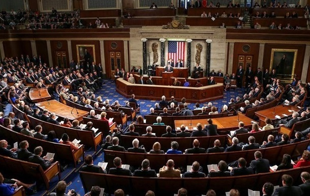 Комитет Конгресса США одобрил публикацию документа демократов повмешательству Российской Федерации ввыборы