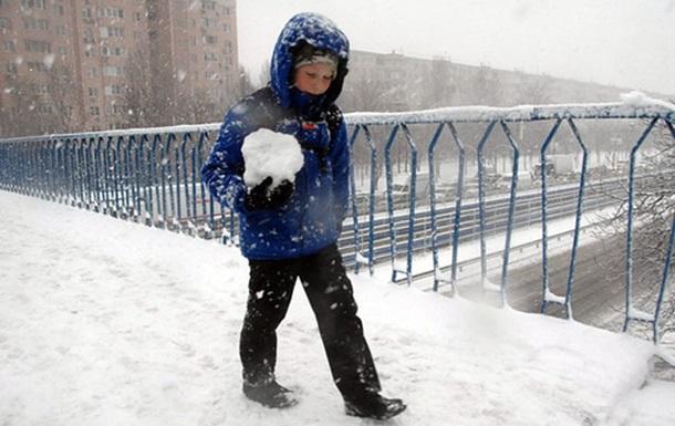 Синоптик розповіла, коли в Україну прийде потепління
