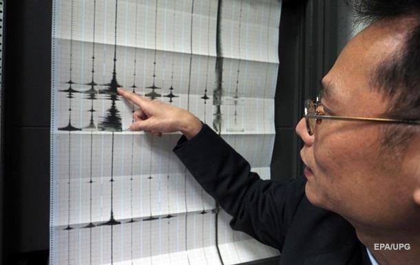 На Тайване обрушился отель из-за мощного землетрясения