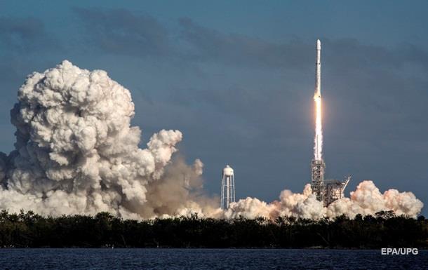 Прорыв в космосе. Маск запустил Falcon Heavy