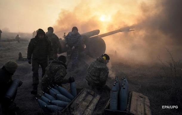 Штаб: В зоне АТО пострадали четверо украинских военных