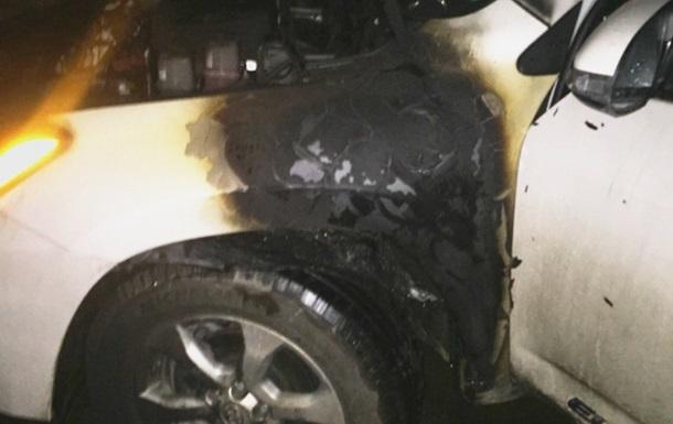 На Закарпатье подожгли авто депутата