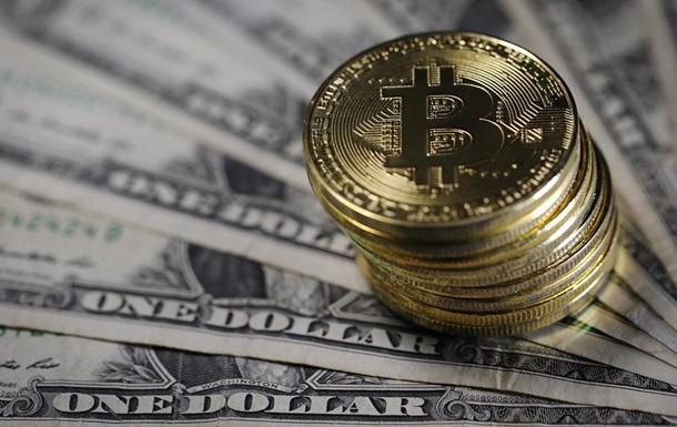Биткоин продолжает расти и уже выше $8000