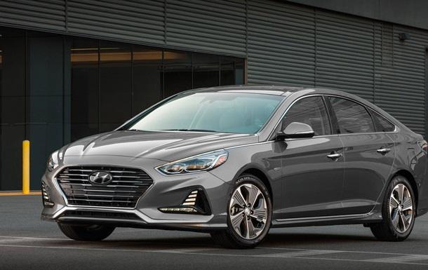 Hyundai показала оновлені гібриди Sonata
