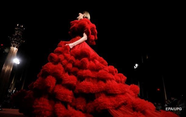 Тиждень моди в Нью-Йорку: яскраві образи Сіріано