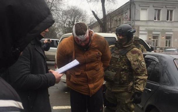В центрі Одеси поліція зі стріляниною затримала чоловіка