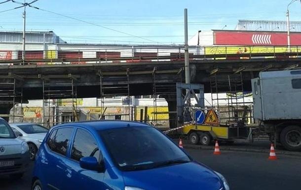 В Киеве частично перекроют движение на Шулявском мосту
