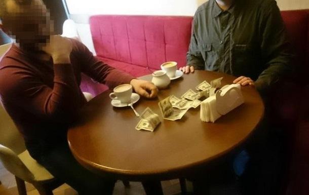 В Ровенской области добытчик янтаря пытался дать взятку работнику СБУ