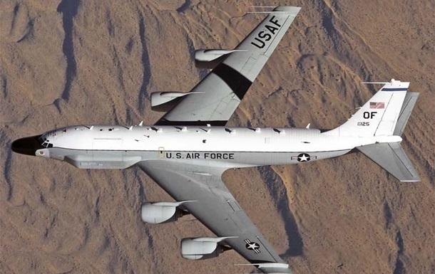 Самолет-разведчик США заметили у границ России