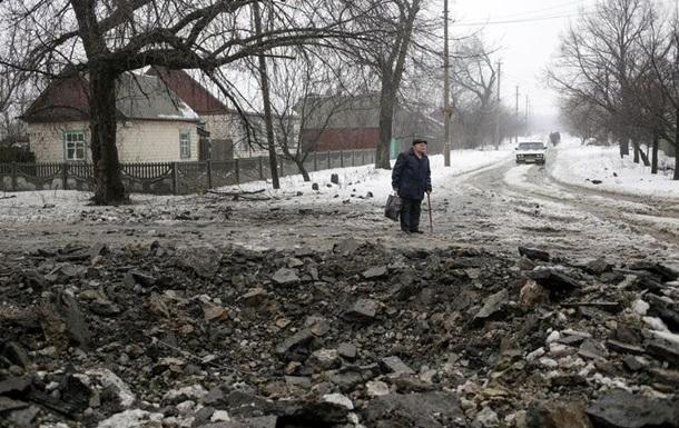Сепаратисти обстріляли Гранітне, поранений мирний житель - Жебрівський
