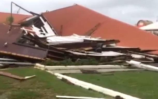 Ураган зруйнував будівлю парламенту в королівстві Тонга