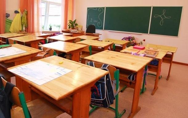 В Одесі підліток розпилив у школі газовий балончик