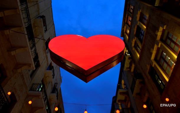 Американцы на День Валентина потратят близкие к рекорду $19,6 млрд