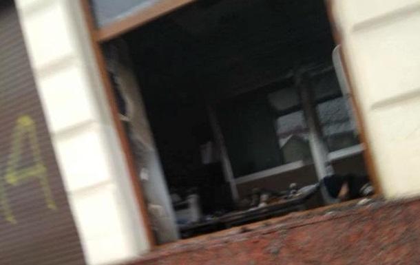 Во Львове подожгли отделение Сбербанка