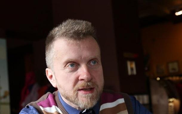 Шоумен Мухарский уехал из Украины и попросит убежище в ЕС