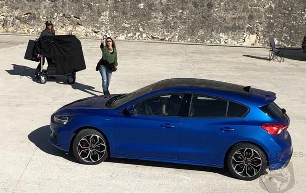 Обновленный Ford Focus сняли без камуфляжа