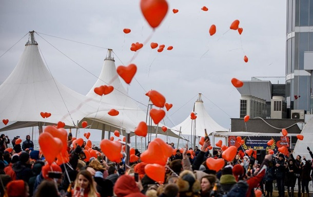 Как отпраздновали День Валентина в Украине и мире