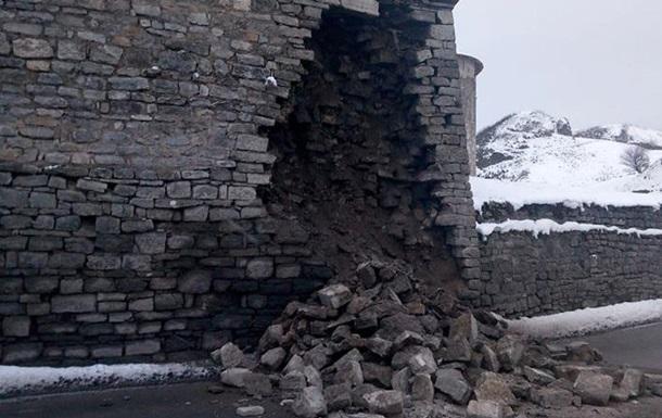 У Кам янці-Подільському завалилася стіна фортеці