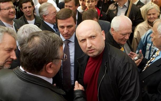 Украина не может объявить войну РФ – Турчинов