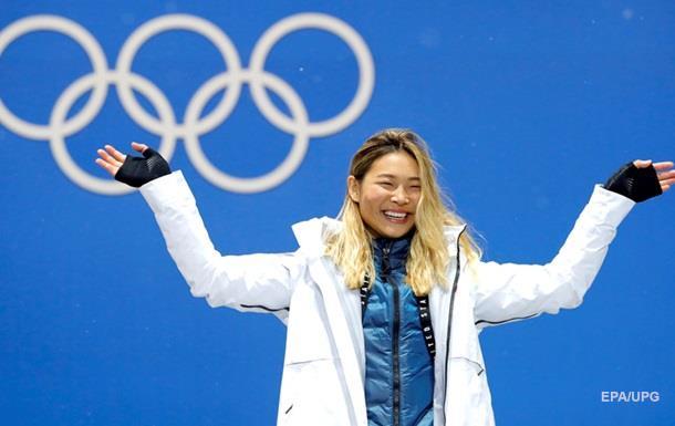Ведущего вСША сократили заслова о«сочных формах» 17-летней сноубордистки