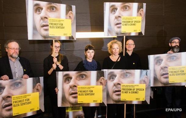 Сенцова и Сущенко собираются обменять на крымских дезертиров