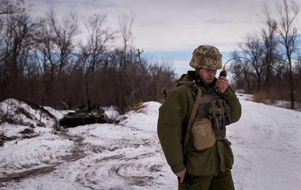 Доба в АТО: затяжні обстріли і двоє поранених