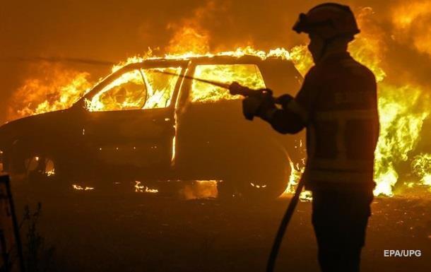 Вцентре Одессы подожгли авто судьи