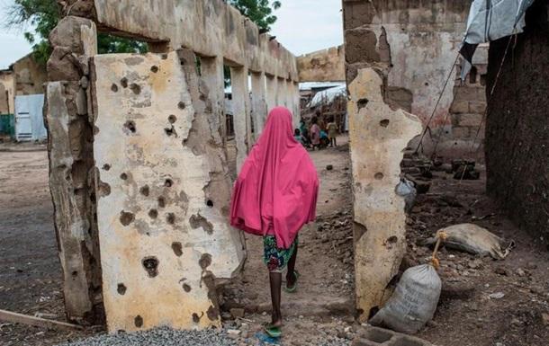 Нігерійська армія звільнила більшість школярок, викрадених бойовиками Боко Харам