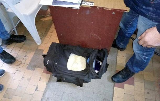 В Бахмуте задержали мужчину с килограммом пластида