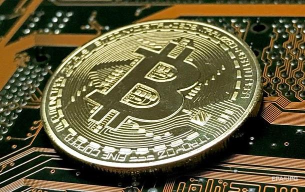 Курс биткоина вернулся к $10 000