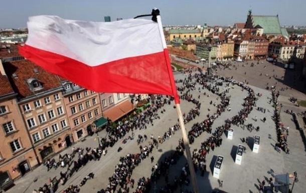 Киев просит Польшу восстановить памятники Украины
