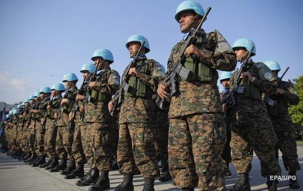Киев хочет 20 тысяч  голубых касок  для Донбасса