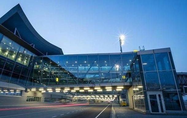 В аеропорту Бориспіль вантажники рилися в чужому багажі