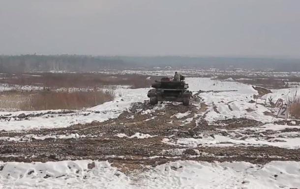 Українські танкісти вчаться за стандартами НАТО