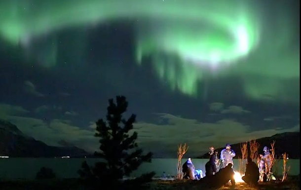 У Норвегії зняли ефектне північне сяйво